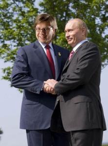 Ušakovs jauc pēdas un novērš uzmanību no saviem kontaktiem ar Krievijas  izlūkdienestu