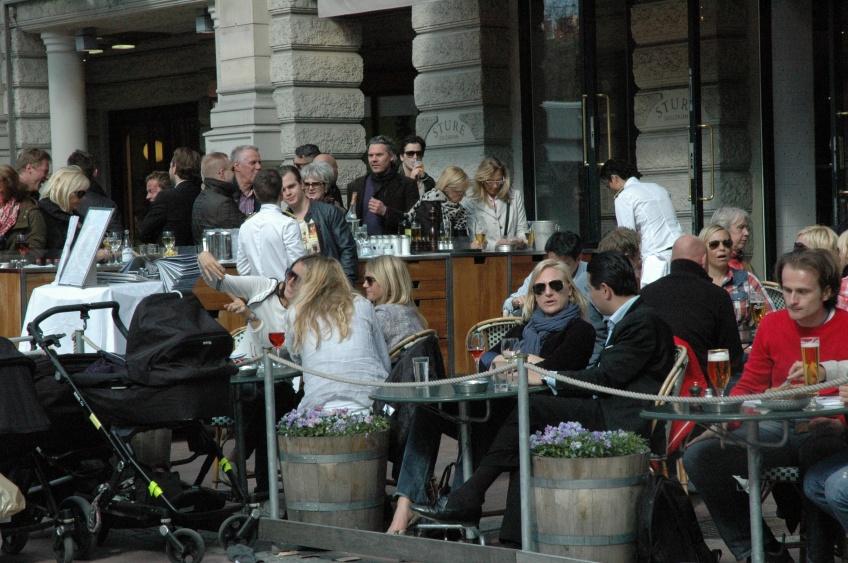Stokholma, Stureplan. Maltīte ārā