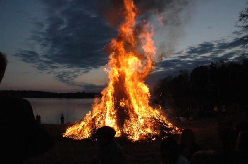 Valpurģa nakts ugunskurs. Autores foto