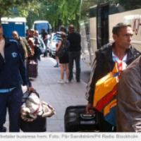 Apmānītos bulgārus evakuē no Zviedrijas ar autobusiem