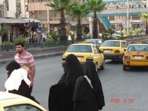 Sievietes Damaskā. Autores foto.