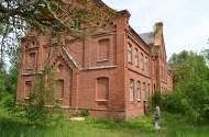 Rozas skola Reņģē