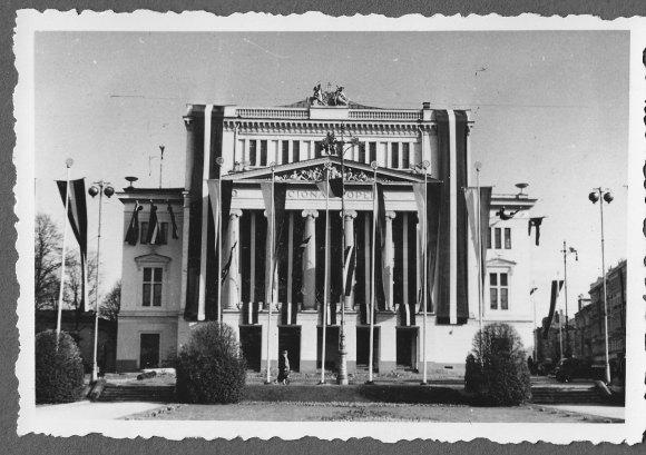 1938. gada 18. novembris, Rīga, © Hermanis Veinbergs / Sandra Veinberga, NordicBaltic Communications