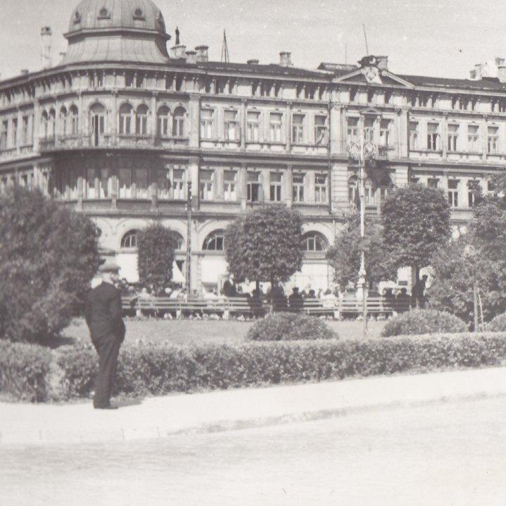 Liepāja: 1940. gada vasara neilgi pirms PSRS okupācijas, © Hermanis Veinbergs / Sandra Veinberga, NordicBaltic Communications