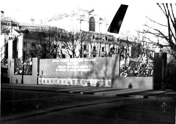 1940. g. 7. novembris Rīga © Hermanis Veinbergs / Sandra Veinberga, NordicBaltic Communications