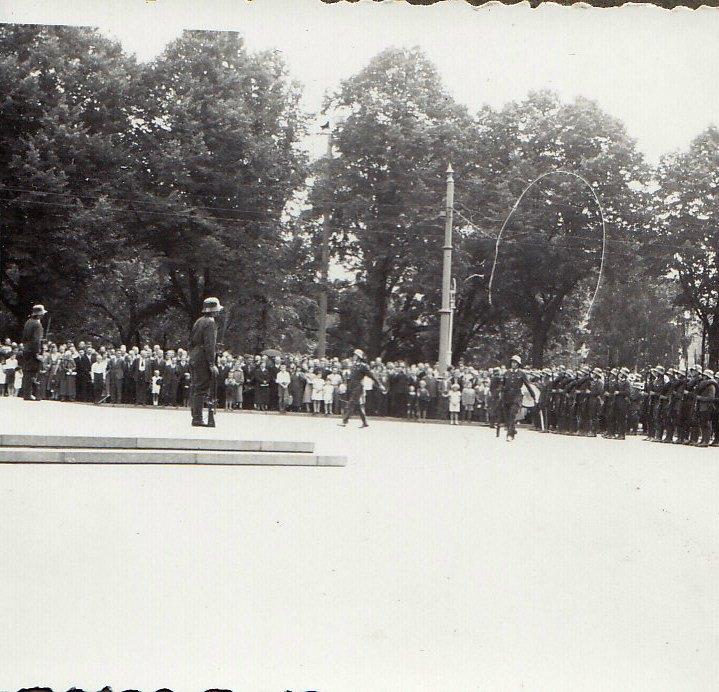 Rīga: 1940. gada vasara neilgi pirms PSRS okupācijas © Hermanis Veinbergs / Sandra Veinberga, NordicBaltic Communications
