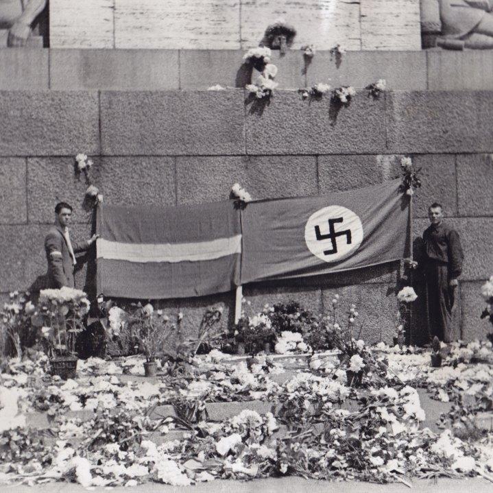 Rīga, 1941. gada 1. jūlijs © Hermanis Veinbergs / Sandra Veinberga, NordicBaltic Communications