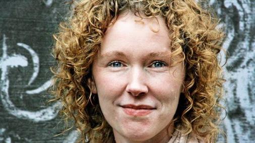 Surogātmāmiņas sastopamas dažādās pasaules valstīs. Viena no viņām ir 38 gadus vecā Adrienne Bleka (Adrienne Black) no Portlandes ASV. Foto: TVNET