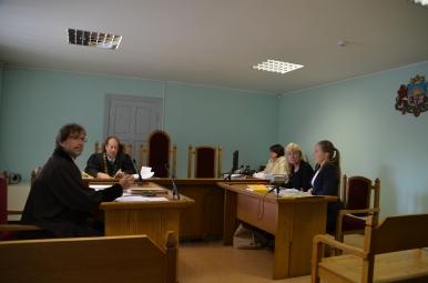 tiesas sēde partija Saskaņa pret TVNet un Sandru Veinbergu Talsi 015