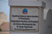 Kaboverdes oficiālā valoda ir bijušo kolonizatoru portugālu valoda.