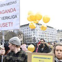 Kādas būs pandēmijas protestu sekas? Pret korupciju un muļķību varas gaiteņos vakcīnas joprojām nav